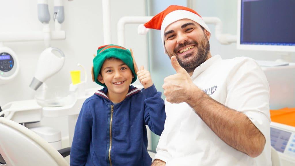 Bambini felici dal dentista